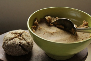 Ideen fürs Brunch: süße, vegane Brotaufstriche glutenfrei ohne Industriezucker alternativ gesüßt mit Trockenfrüchten mit Feigen und Maronen