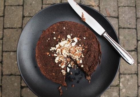 Schoko-Maroni-Kuchen ohne Industriezucker, ohne Mehl, natürlich gesüßt, ohne Ei, vegan, glutenfrei