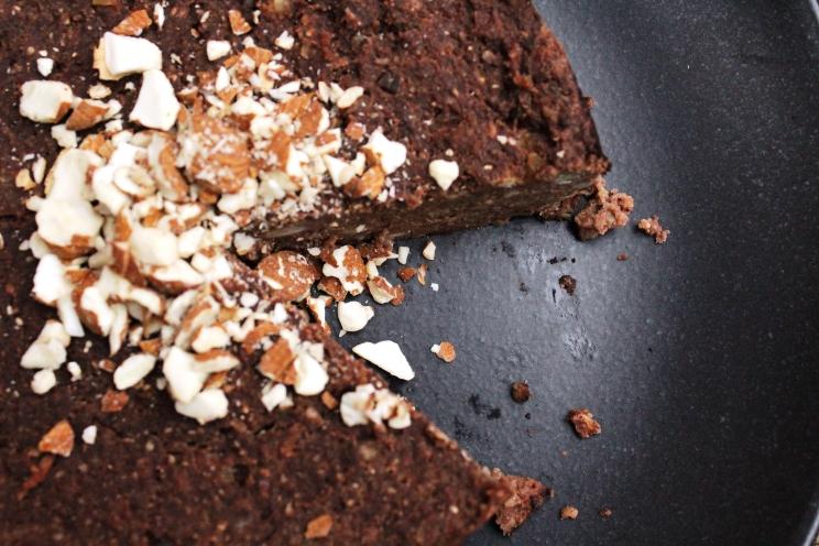 schoko maronen kuchen ohne mehl vegan glutenfrei und ohne industriezucker frau blogsberg. Black Bedroom Furniture Sets. Home Design Ideas