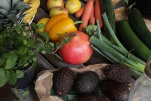 Sieben Tage Detox mit basischen Lebensmitteln den Körpfer entgiften